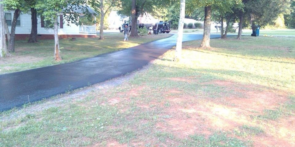Parking Lot Striping and Sealcoating in Concord NC